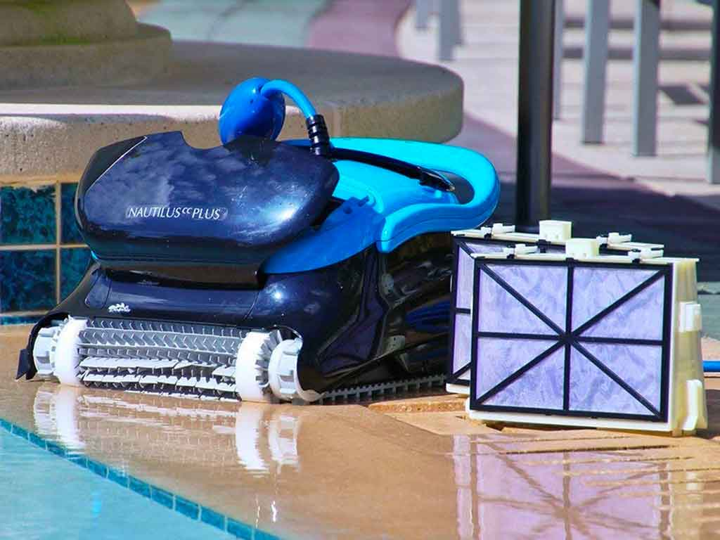 Top 10 Best Robotic Pool Vacuums of 2020 Review