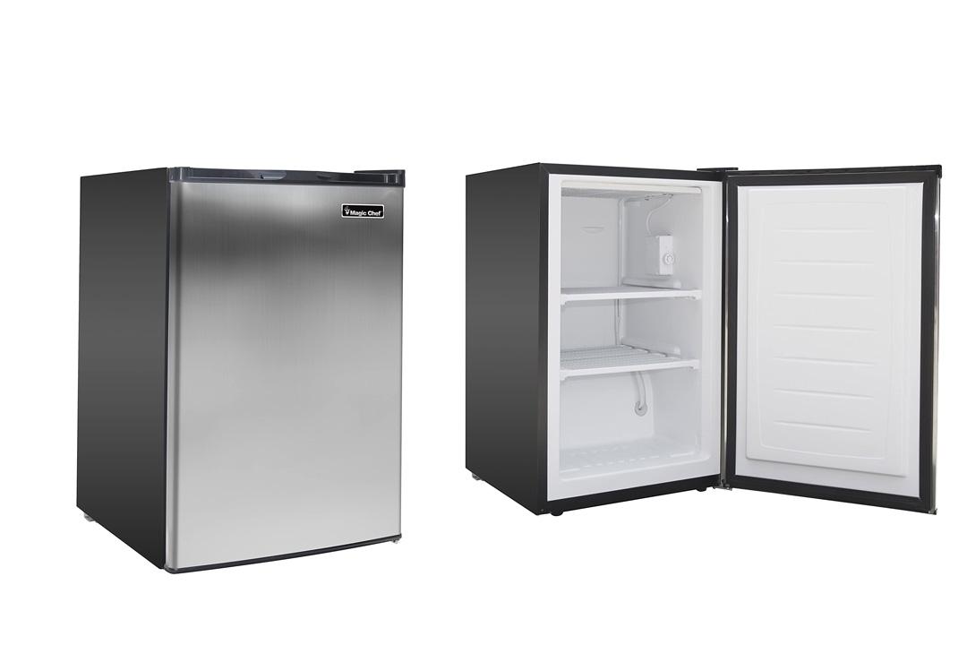 Magic Chef MCUF3S2 3.0 cu. ft. Upright Freezer