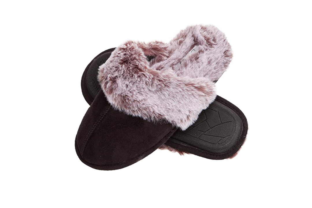 Jessica Simpson Comfy Faux Fur Women's House Slipper